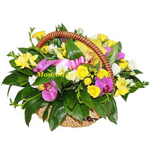 Корзина с цветами «Милая»