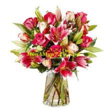 Букет «Яркие лилии»