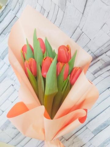 """Букет из 7 тюльпанов """"8 марта"""""""