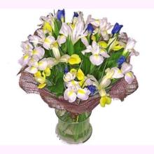 """Букет цветов """"Ирисы для нее..."""""""