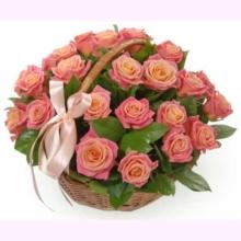 Корзина роз «Нежная»
