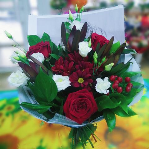 Букет цветов «Люблю и точка !»
