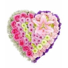 """Купить цветоы в челябинске Серце""""Люблю!"""""""